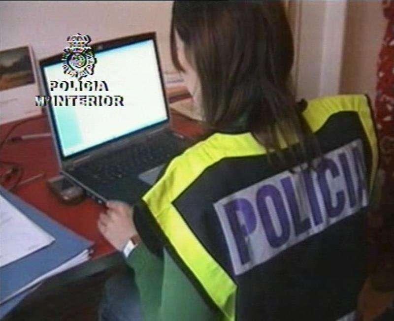 La Policía Nacional en una investigación. EFE/Archivo