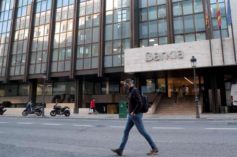 Vista general de la sede central de Bankia, en València. EFE