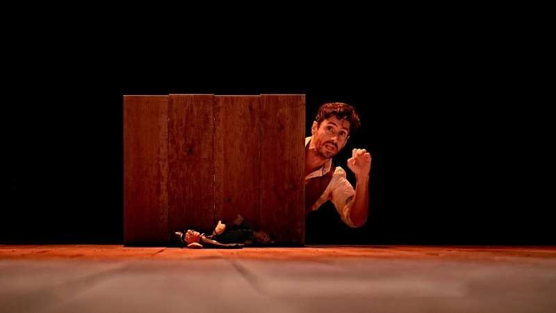 Juan Diego Botto, en un ensayo de la obra. EFE/marcosGpunto