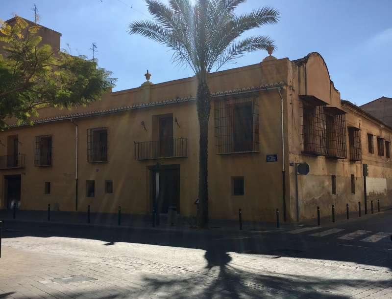 Casa Bernal de La Pobla de Vallbona.