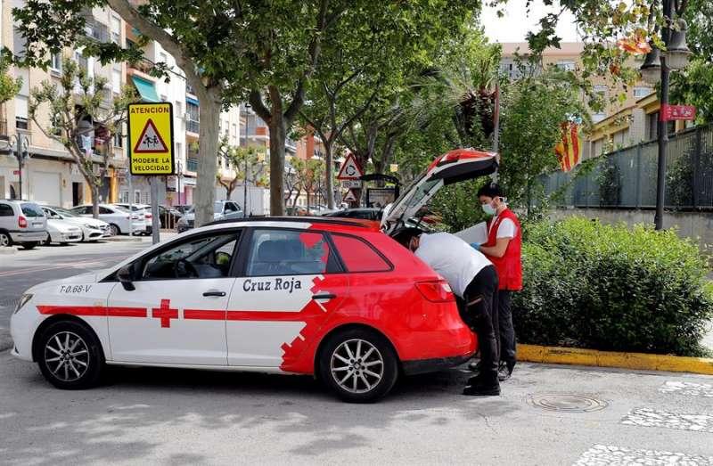 Coche de la Cruz Roja. EFE
