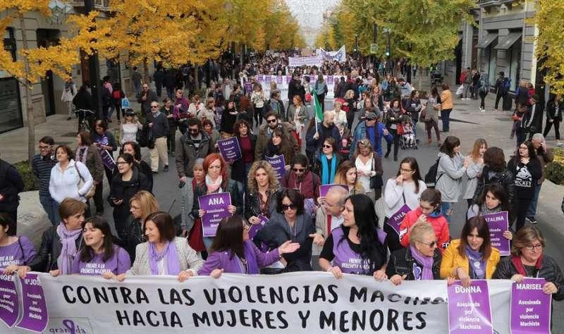Manifestación de condena de las violencias machistas. EFE