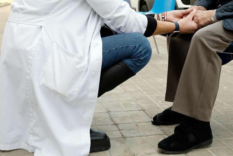 Imagen de día de un centro de día para personas mayores de València durante la campaña de vacunación contra el coronavirus. EFE