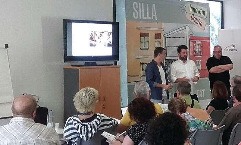 Fomració per als comerços de Silla. EPDA