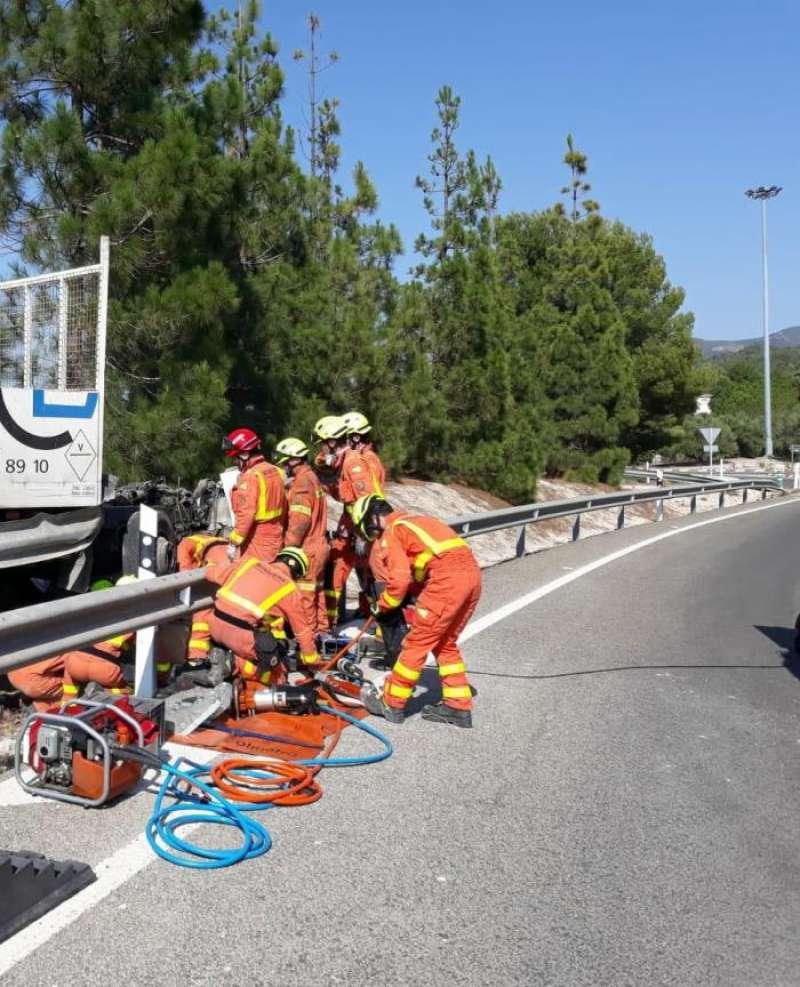 Imagen del accidente facilitada por el Consorcio provincial de bomberos de Valencia