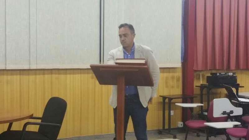 Enrique Santafosta, alcalde de San Antonio de Benagéber, prenent possessió com a membre del ple de la Mancomunitat Camp de Túria. //EPDA