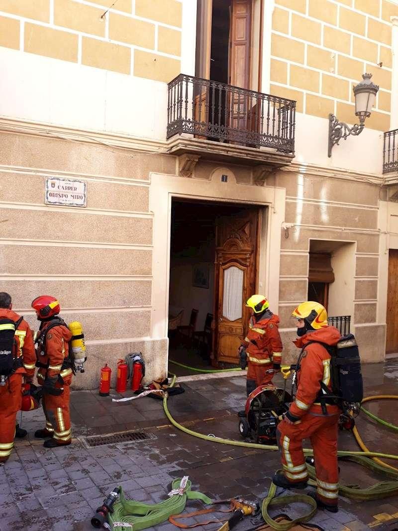 Trabajos de extinción del incendio de Bocairent (Valencia). EFE/Consorcio Bomberos