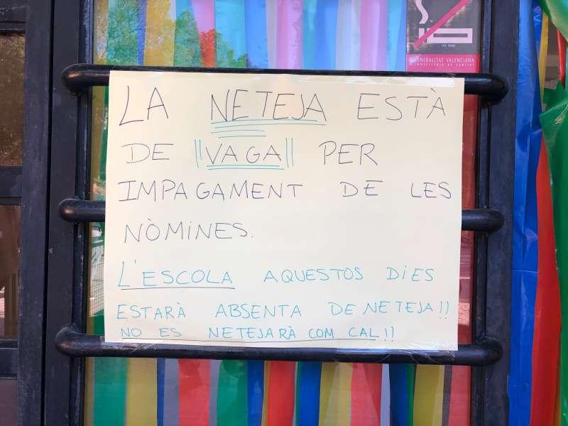 Cartel informativo en el centro. EPDA