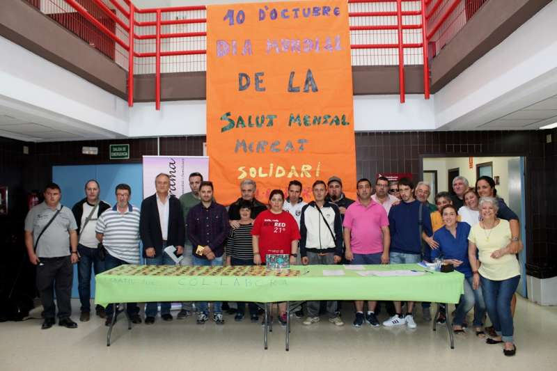 Los participantes en la Semana de la Salud Mental de Llíria.//EPDA