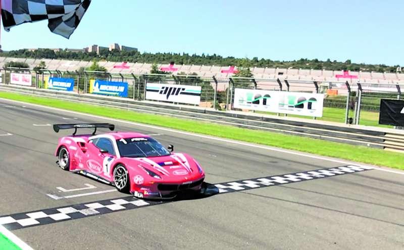 Un Ferrari en las pistas del Ricardo Tormo