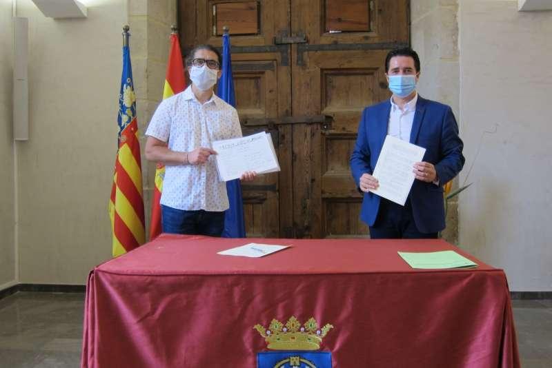 Acto de la firma del convenio de la donación de la partitura. / EPDA