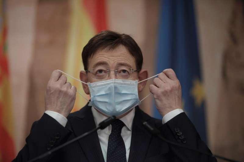 El presidente de la Generalitat Valenciana, Ximo Puig durante la rueda de prensa. EFE