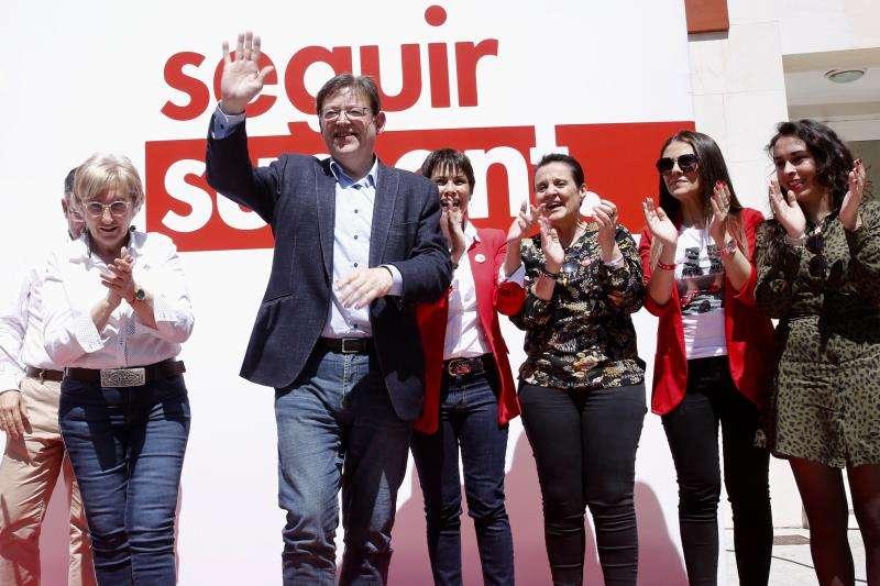El president de la Generalitat y secretario general del PSPV-PSOE, Ximo Puig, en un acto de campaña en Orihuela. EFE/PSPV