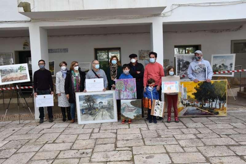 Participantes en el Concurso de Pintura Rápida de Marines. / EPDA