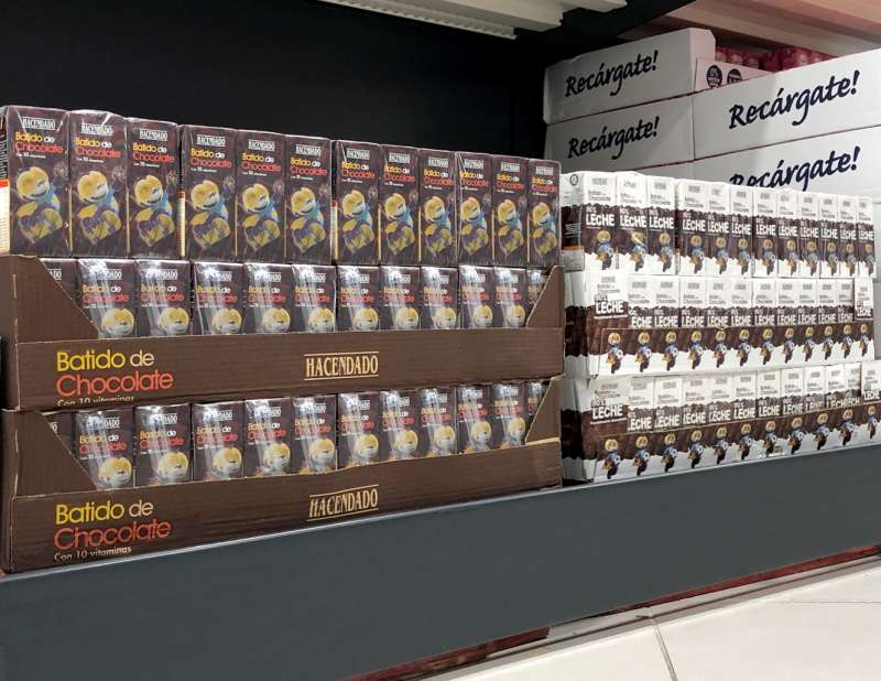 Lineal de batidos en Mercadona. EPDA