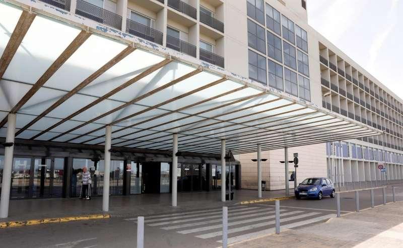 Vista general del Hospital de La Ribera, en Alzira.