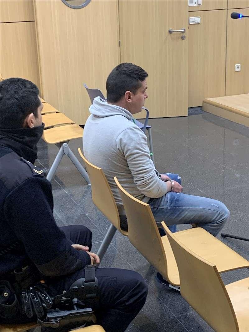 Imagen del acusado en el banquillo. EFE/Francisco Tomás-Valiente.