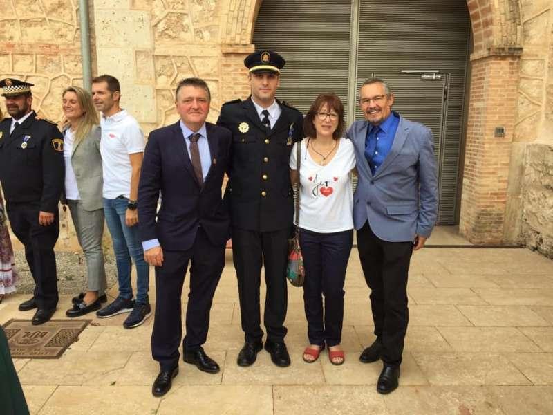 Pêreira junto al alcalde Sandalinas