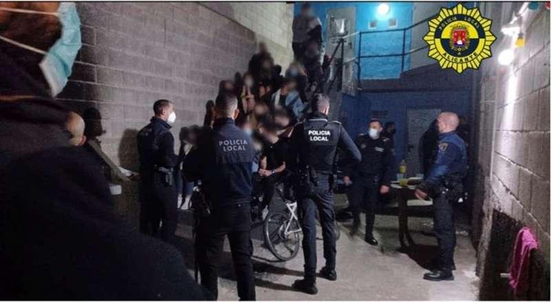Fiesta ilegal en Alicante. EPDA