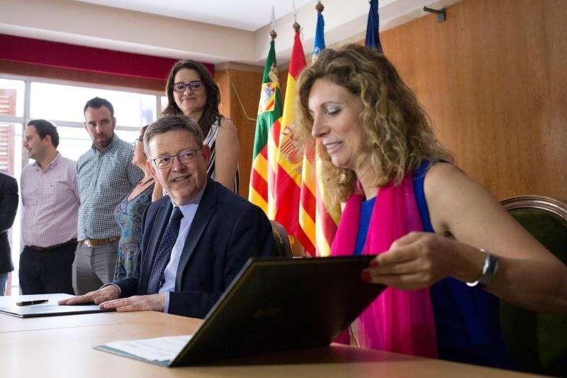 El president de la Generalitat, Ximo Puig , y la alcaldesa en funciones de Castelló, Amparo Marco.