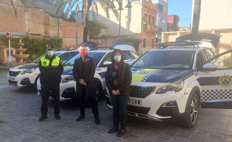 Nous vehicles policials de Catarroja
