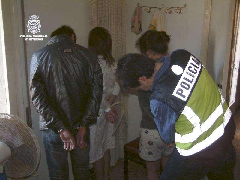 Intervención policial contra la explotación de trabajadores. EFE/Archivo
