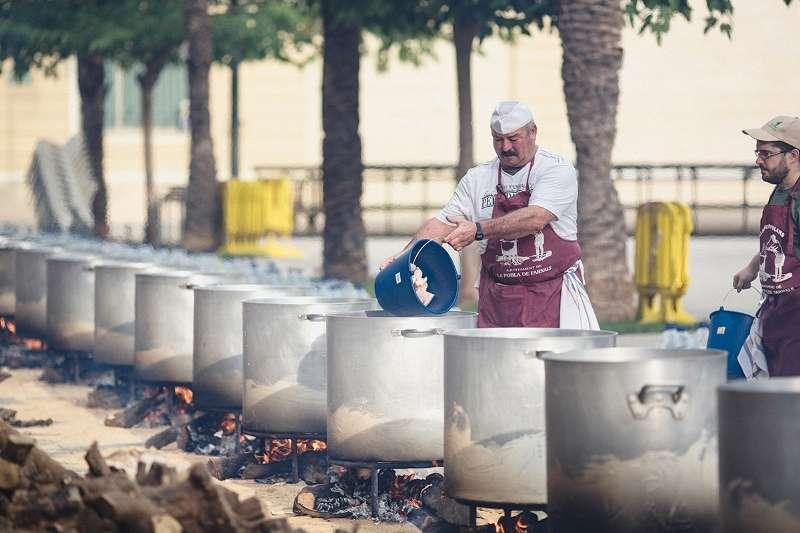 Preparació de les calderes en La Pobla. EPDA
