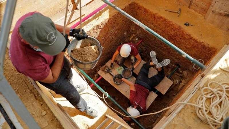 Exhumación de la fosa 111 del cementerio de Paterna