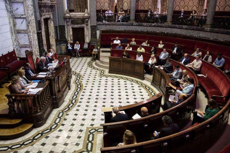 Vista general del Ayuntamiento de València, durante el debate sobre el estado de la ciudad celebrado hoy. EFE
