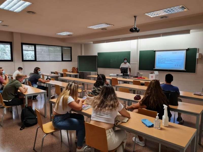 Primera semana de clases en Florida Universitària.