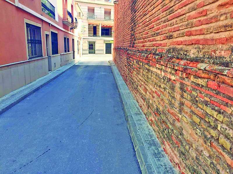 Una de las calles del casco histórico de Canet. EPDA