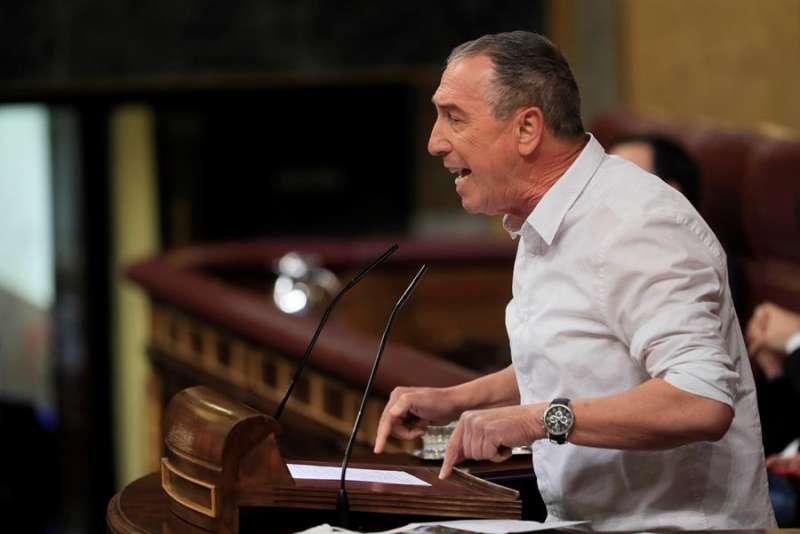 El diputado de Compromis Joan Baldoví interviene en el pleno del Congreso. EFE