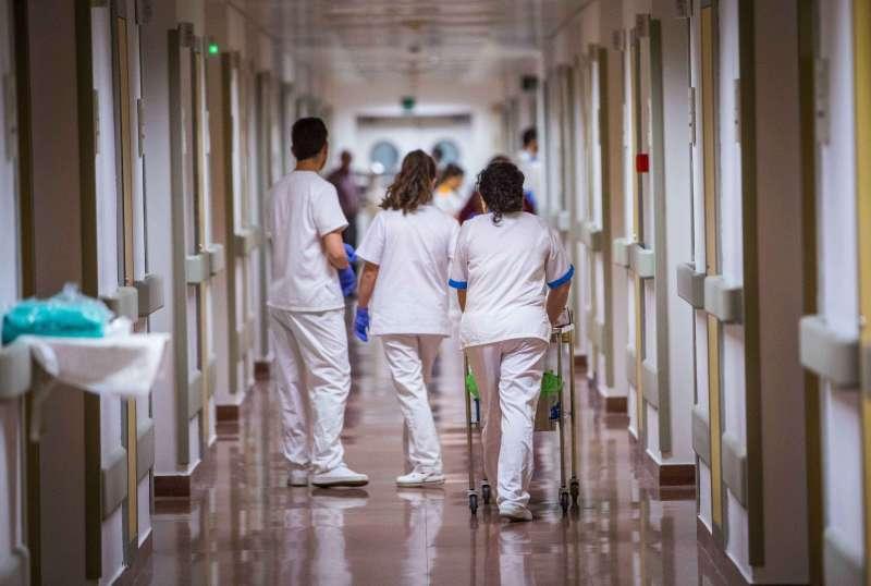 Personal sanitario durante una jornada.