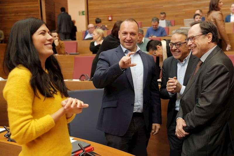 Manolo Mata, Vicent Soler, Rubén Martínez Dalmau yNaiara Davó, durante un pleno de Les Corts Valencianes. EFE