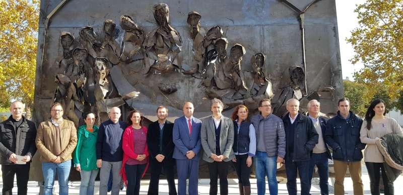 Colomer, en la inauguración de la escultura. EPDA