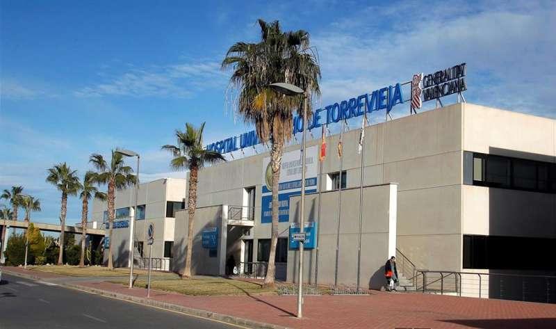 Imagen del Hospital de Torrevieja (Alicante). EFE