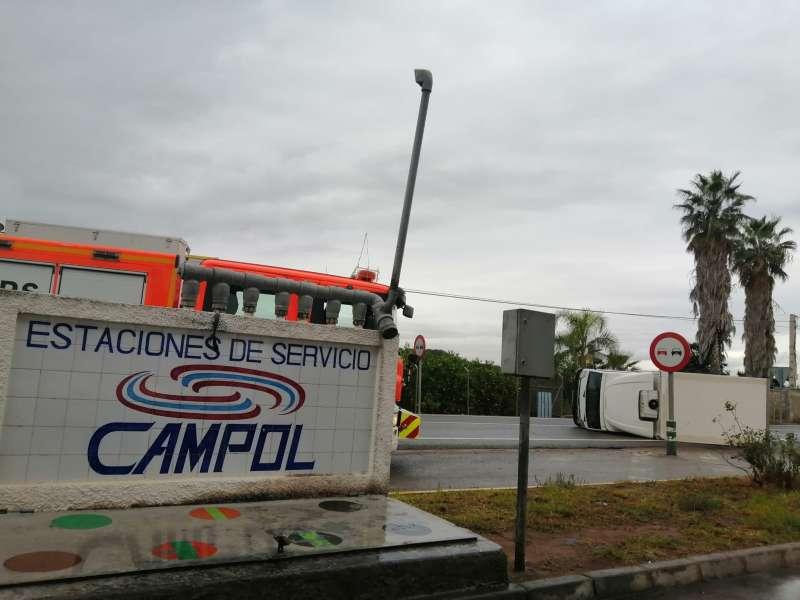 Accidente junto a gasolinera. EPDA