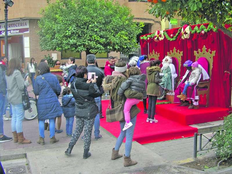 Visita de los Reyes Magos en las navidades pasadas. / epda
