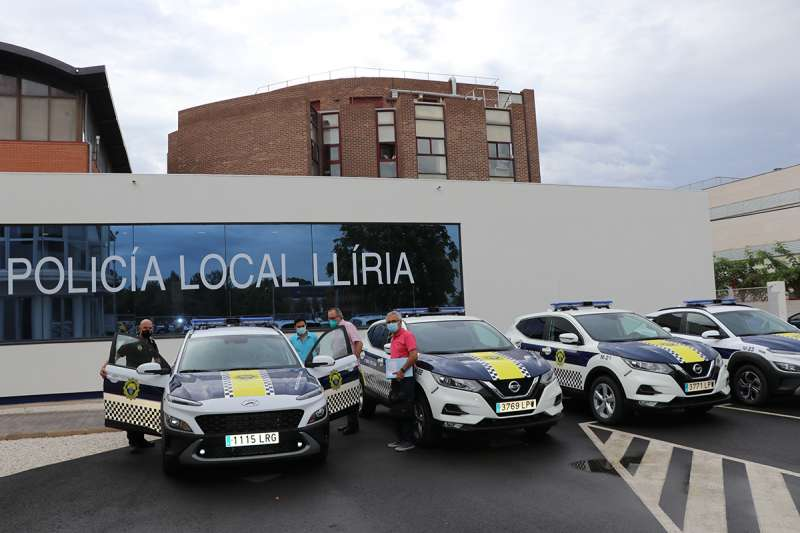 Nuevos coches presentados para la Policía. EPDA.