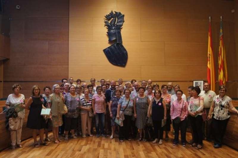 Foto de familia tras la visita a la Diputación. EPDA