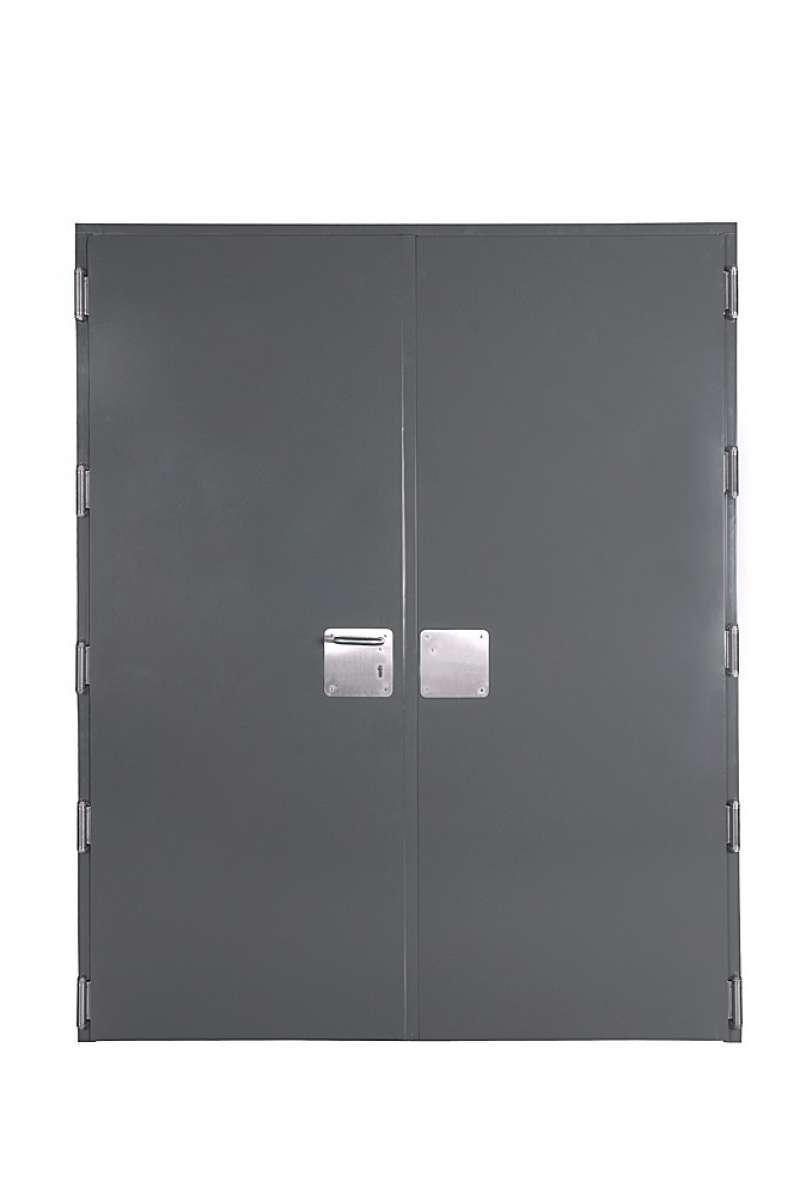 Imagen de las puertas que fabrica la empresa Andreu Barberà. EFE