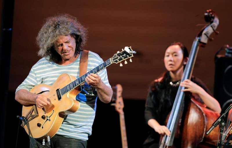 El guitarrista Pat Metheny durante una actuaci�n en el Festival de Jazz de Valencia. EFE