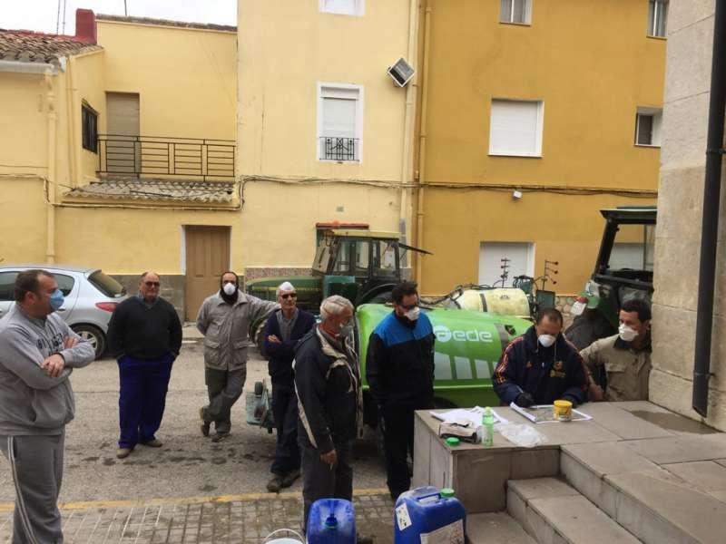 Voluntarios que han llevado a cabo tareas de desinfección. EPDA