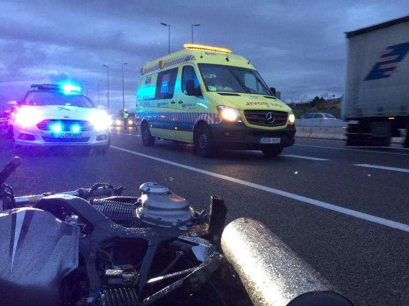 Imagen de archivo de un accidente de moto. EFE