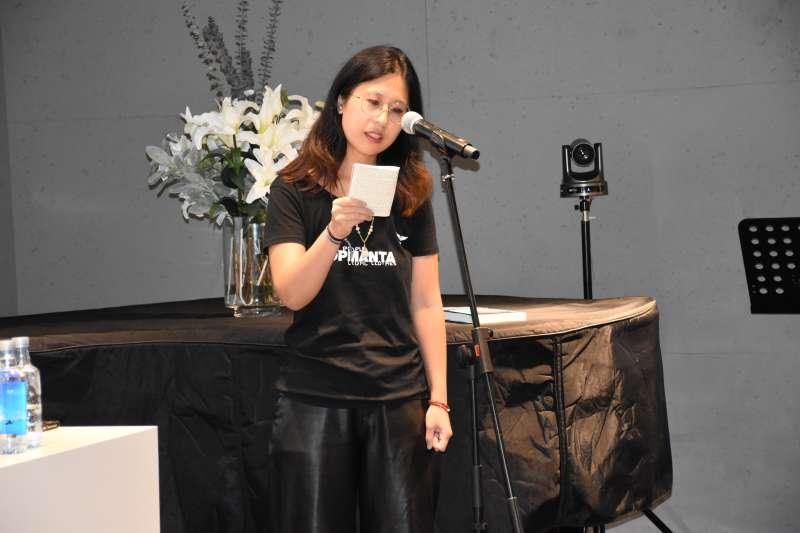 La ganadora del certamen Paloma Chen