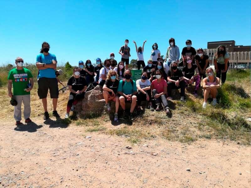 Jornada de limpieza y reforestación en el cauce del río Palancia. / EPDA