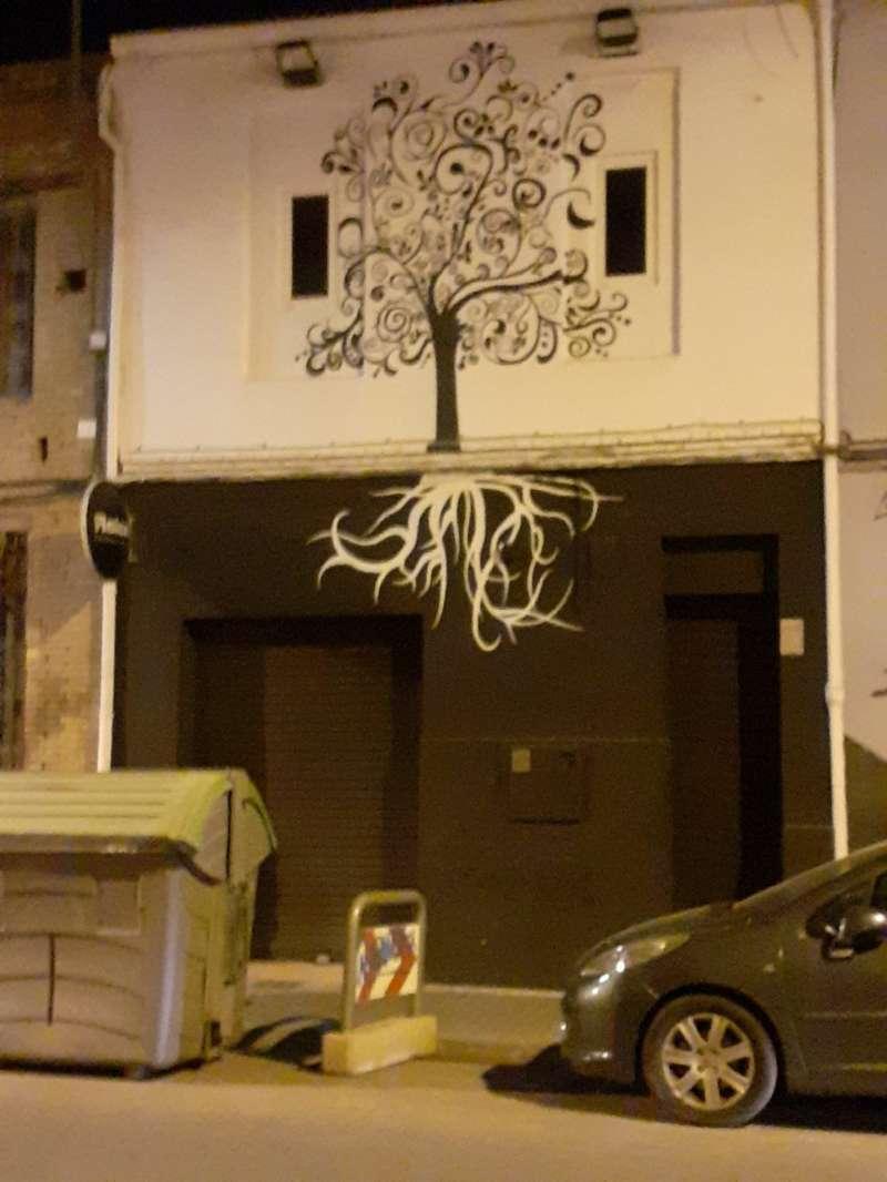 Fachada del pub de Sedaví (Valencia) que ha sido clausurado. EPDA