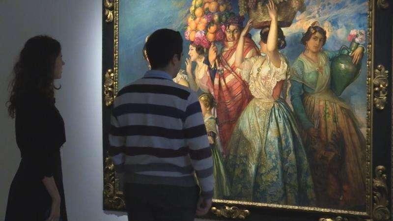 Exposición pictórica. Foto de archivo.
