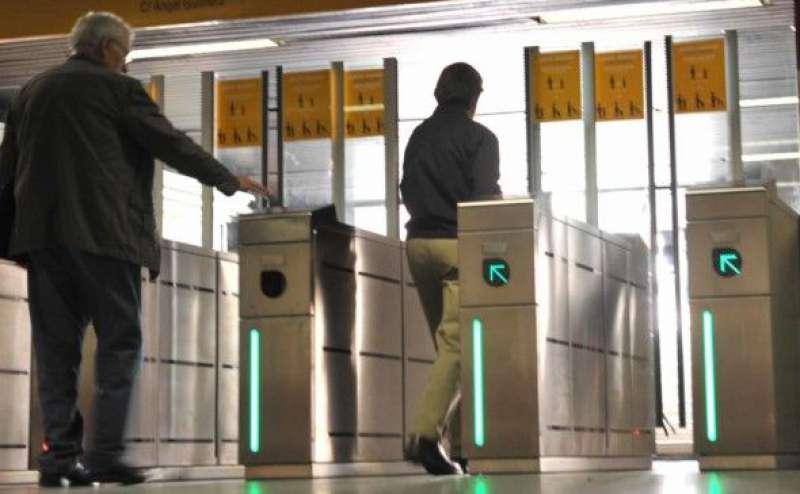 Entrada del metro de Manises. EPDA