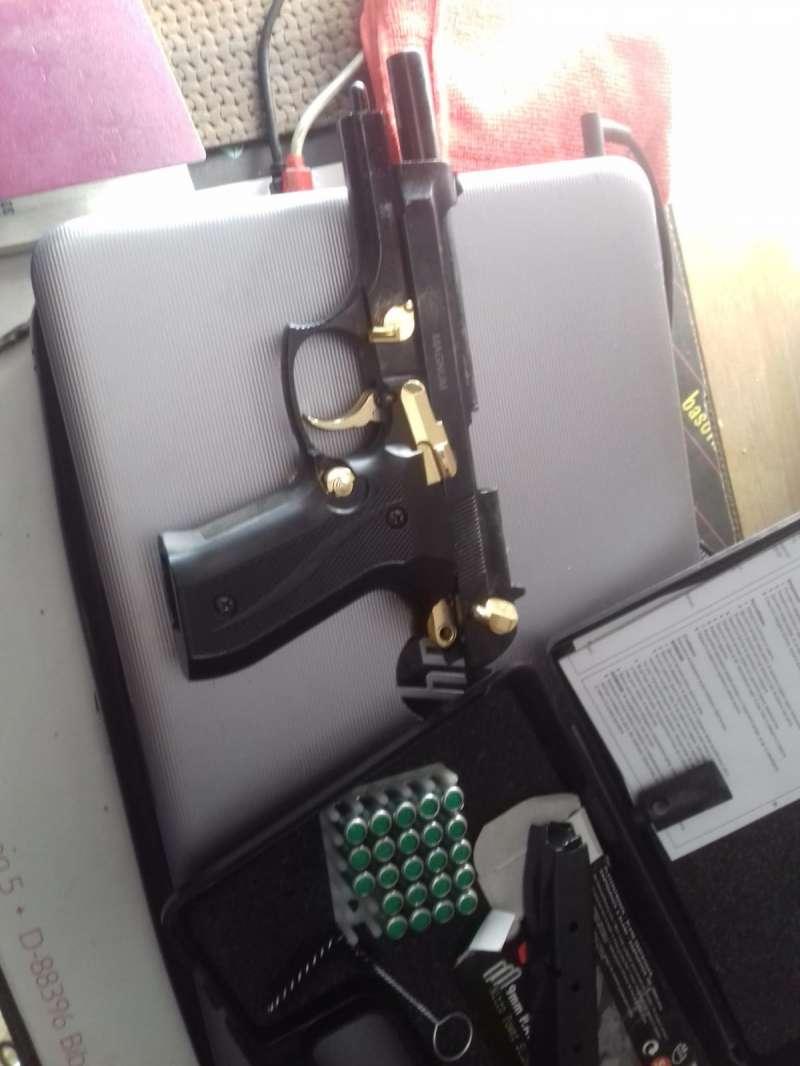Arma de fuego incautado por la Policía Local de Villamarxant./epda